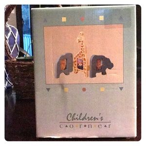 Safari picture frame for baby